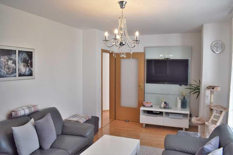 Gepflegte 5-Zimmerwohnung in Aubing - Kleine Eigentümergemeinschaft mit nur drei Einheiten! Kirchheim bei München