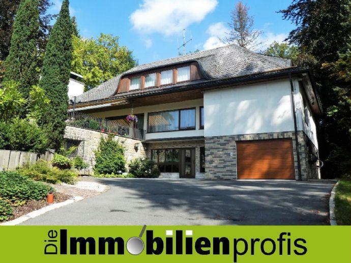 20 km von Bayreuth: Exkl. Landhausvilla mit Hallenschwimmbad in bester Lage von Gefrees Bergen auf Rügen