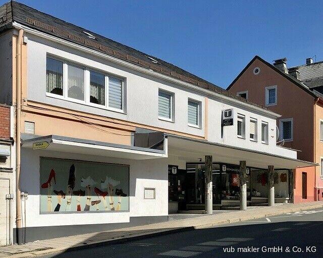 ***Schönes Stadthaus mit Gewerbeeinheit im Herzen von Schwarzenbach a.d.Saale*** Schwarzenbach an der Saale