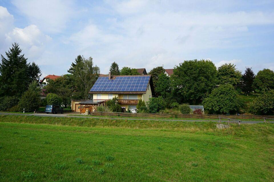 Großes Einfamilienhaus mit Platz und Ausbaupotenzial! Rugendorf