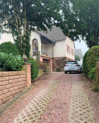 Ein- bis Zweifamilienhaus mit ELW und riesigem noch bebaubaren Grundstück Bergen auf Rügen