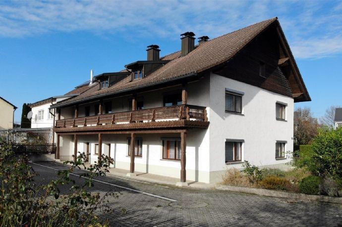 Großes Wohnhaus mit 3 Garagen Schwaiger Straße in Dingolfing Dingolfing