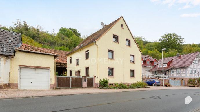 Perfekt für Kapitalanleger: vermietetes Mehrfamilienhaus mit drei Wohneinheiten Bergen auf Rügen