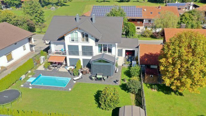 die raumverteiler Rarität: komplettes Doppelhaus/2 FH, absolut neuwertig in hochwertiger Ausstattung Bruckmühl
