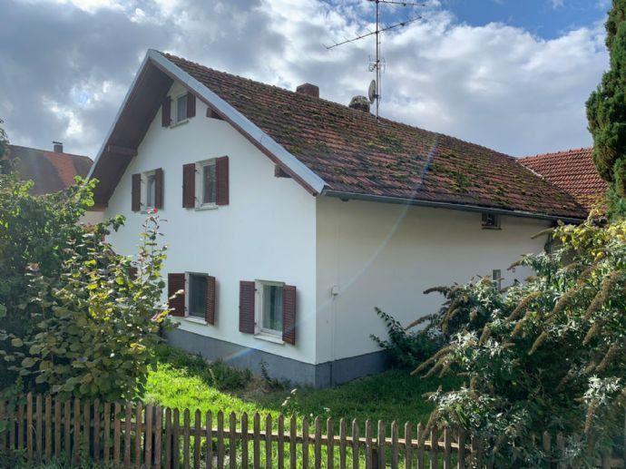 Einfamilienhaus mit Nebengebäude bei Landshut Bergen auf Rügen