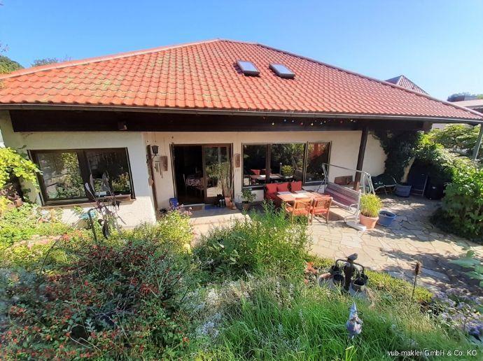 Gepflegtes Einfamilienhaus mit Gewerbe oder Einliegerwohnung Bergen auf Rügen