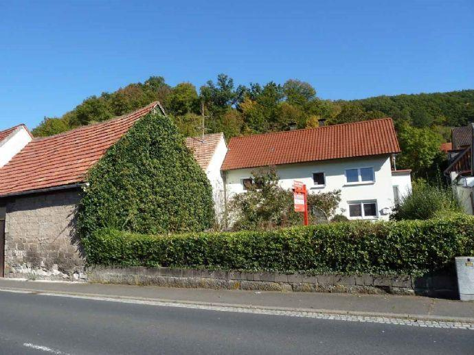 Haus mit mehreren Nebengebäuden in zentraler Lage, Grd. 573m², Wfl. 110m², Nutzfl. ca. 250m²! Bergen auf Rügen