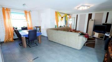 Exklusive, geräumige 4-Zimmer-Wohnung mit zwei Balkonen