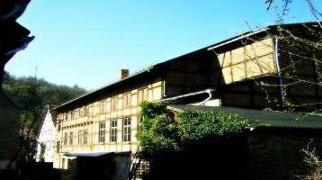 Mehrfamilienhaus mit Gewerbe mit vielfältigen Nutzungsmöglichkeiten