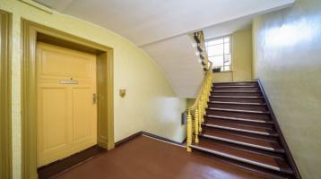 Ruhige vermietet 2-Zimmer-Wohnung mit Balkon zum Innenhof, provisionsfrei