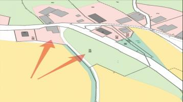 Baugrundstück mit Garten, Felsenkeller und angrenzender Grünfläche, ca. 4.646 m² in Dorflage