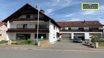 Großz. Mehrfamilienhaus mit sieben Wohneinheiten in Dietersdorf