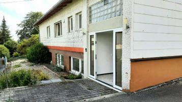 Grosses Einfamilienhaus mit Einliegerwohnung in Kirchheim am Ried