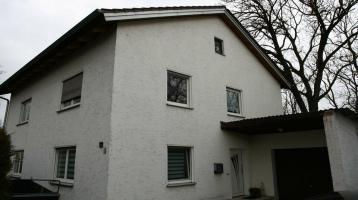 Schönes Haus mit viel Platz und Garten für große Familien Ausbau
