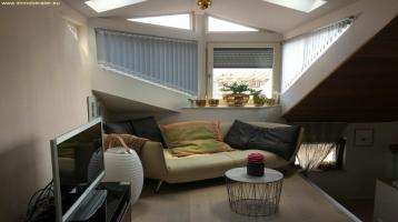 Wohnen mit besonderem Ambiente / 3-Zi-Galerie-Whg. / 109 m² in hist. Gebäude / Innerer Stadtgürtel / perfekt möbliert.