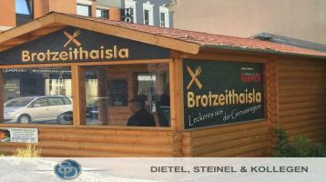 Verkehrsgünstige, zentrale Lage: Imbiss im Herzen der Stadt Hof zu verkaufen, mit neuwertiger Holzhütte
