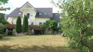 Charmantes Haus für eine große Familie mit Garten