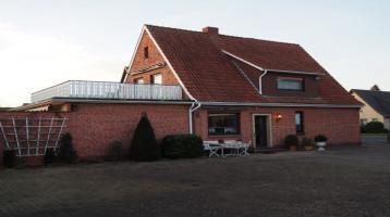 Ideal für Kleingewerbe oder Bastler - sehr zentral gelegene, gepflegte Immobilie mit außreichend Garagen