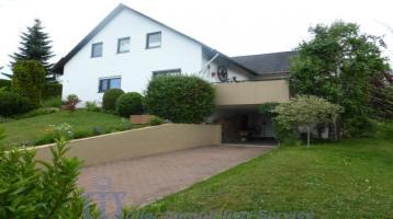 Repräsentatives 1- bis 2-Familienhaus mit unverbaubarem Fernblick
