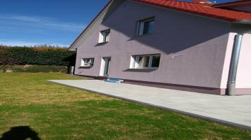 Neuwertige DHH (Niedrigenergiehaus) - 2761