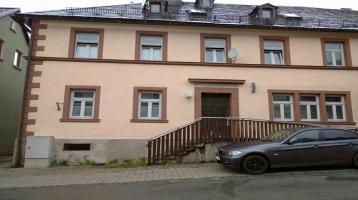 Schnäppchen - Haus mit Mietwohnungen und Gewerberäumen