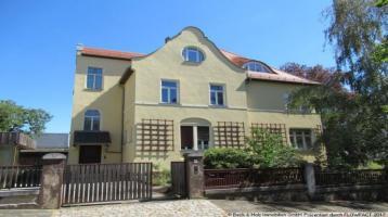 Denkmalgeschützte Villa mit 3 Wohneinheiten in bevorzugter Lage von Radebeul!