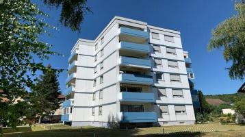Tolle 3-Zimmer-Wohnung mit Balkon, herrlichen Ausblick über die Dächer Bindlachs und Einzelgarage