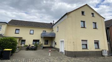 Vermietetes Dreifamilienhaus in Hürth-Kendenich