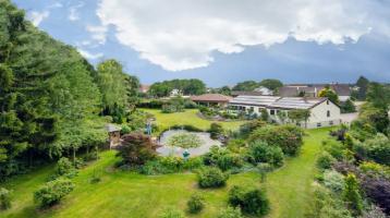 Parkähnliches Anwesen mit Schwimmbad - 30 Minuten von Ulm entfernt !