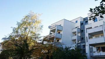 Absolute Rarität - helle Wohnung mit 2 Dachterrassen - über den Dächern von München Sonne tanken !