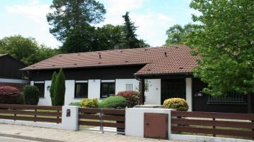 Bungalow in parkähnlicher Gartenanlage Karlsruhe-Waldstadt