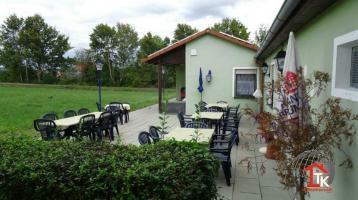 Gaststätte mit Biergarten, Kegelbahn, Einfamilienhaus, 2 Photovoltaikanlagen, großes Grundstück
