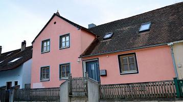 Familienfreundliches Einfamilienhaus mit Potenzial in Mönchsdeggingen
