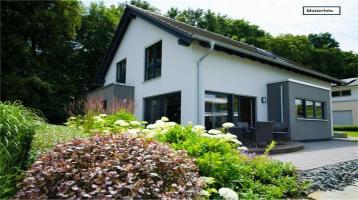 Häuser in 82515 Wolfratshausen, Erikastr.