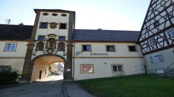 Ehemalige Klosterschenke - Denkmalgeschütztes, renovierungsbedürftiges Objekt in Kirchheim am Ries
