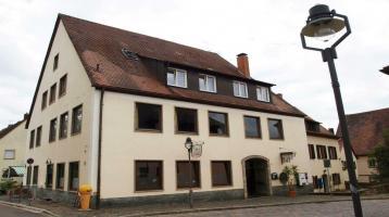 Pizzeria/Eisdiele mit Wohneinheit in 91575 Windsbach
