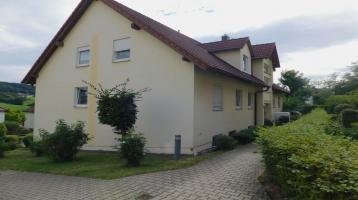 Attraktive Zwei-Zimmer-Wohnung in ruhiger Lage - Reuth -