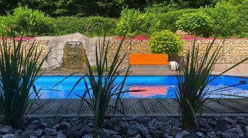 Exclusives Wohnen mit Pool u. Wasserfall direkt am Naherholungs- und Naturschutzgebiet