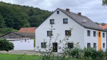 Ländliches Domizil für Kreative ... Renoviertes Wohnhaus in idyllischer Lage ...
