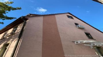 Mehrfamilienhaus (Fachwerk) mit 3 Wohneinheiten in Schloßnähe komplett Neu Saniert mit Terrasse