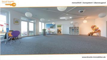 Ihr neues ebenerdiges Büro mit Verkaufs-/Ausstellungsfläche wartet auf Sie in repräsentativer Lage!
