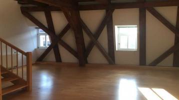 Ansprechende 2-Zimmer-Maisonette-Wohnung mit EBK in Straubing