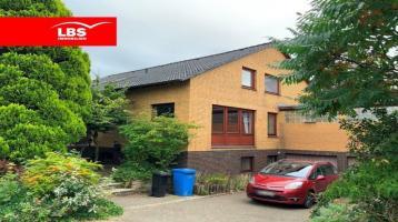 Nordholz! Spektakuläres Einfamilienhaus auf Traumgrundstück in Bestlage!