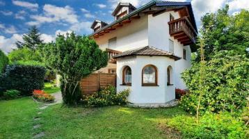 Einfamilienhaus plus Alt-Bestand auf Traumgrundstück
