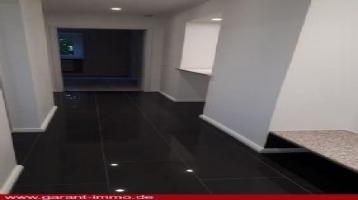 Alles NEU - kleine 2 Zimmer-Wohnung in Hof - kaufen und wohnen!