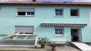 Nur als Kapitalanlage - Doppelhaushälfte mit zwei Wohnungen
