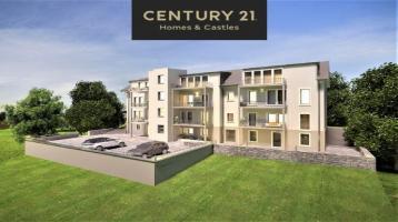 Exklusive neue OG Wohnung, Aufzug & Balkon, in Toplage von Mettlach