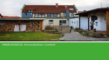 Ruhig gelegene Mehrgenerationen-Villa auf herrlichem Sonnengrundstück!!