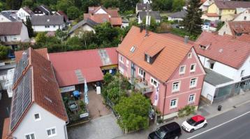 Mehrfamilienwohnhaus + Lagerhalle in Schwebheim