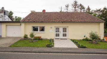 Freistehendes Zweifamilienhaus in Bitburg-Stahl